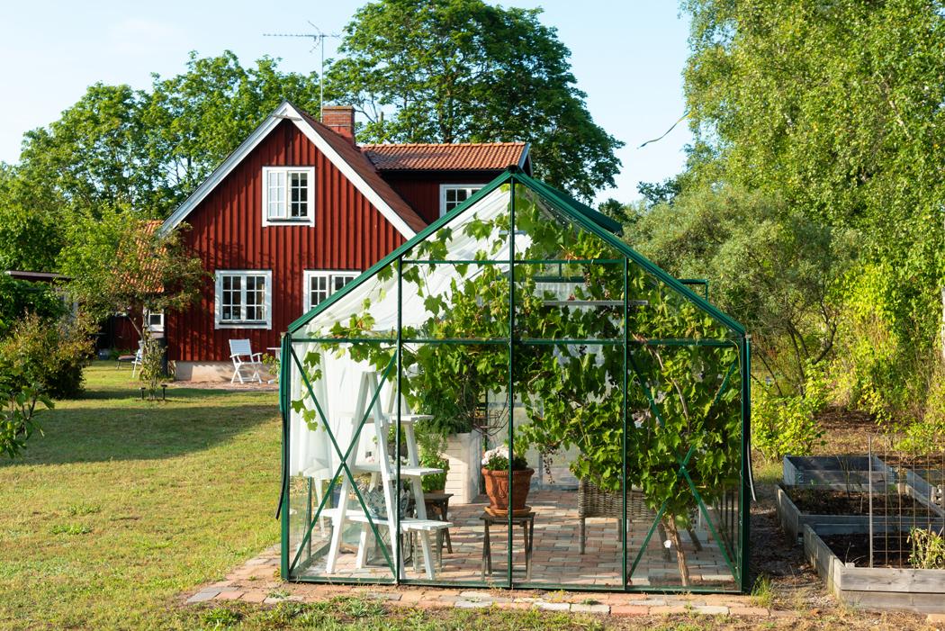 Comment fabriquer soi-même sa serre de jardin ?