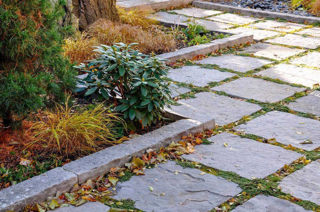 Quel matériau utiliser pour ses bordures de jardin?